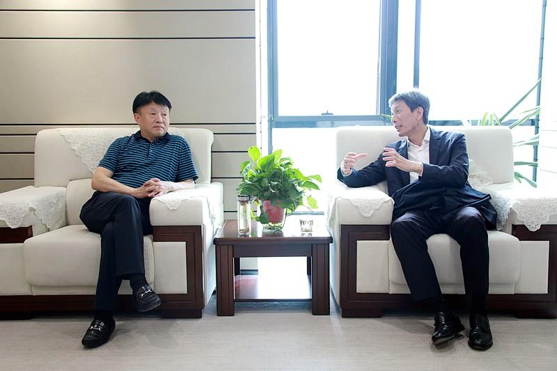 熊良虎会见福建雪人股份公司董事长兼总经理林汝捷